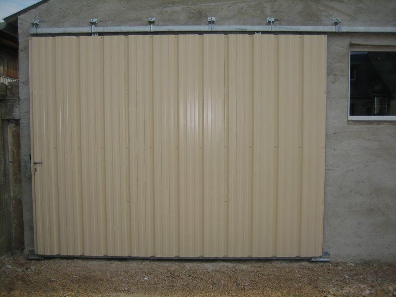 Fabrication D 39 Une Porte De Garage Hangar Coulissante